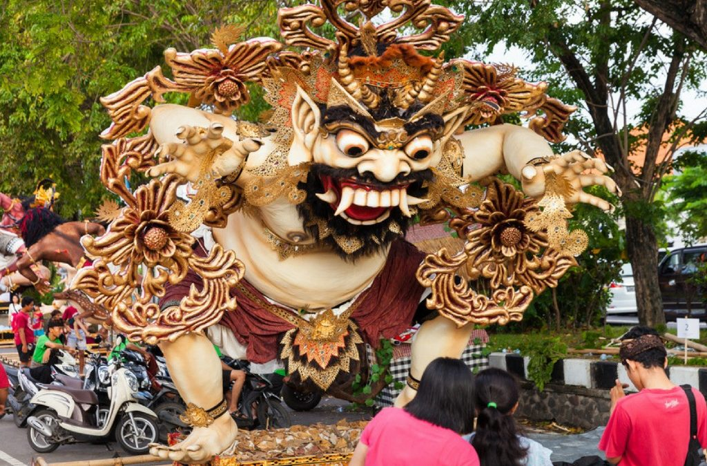 First the monsters then the silence – the uniqueness that is Nypie Day in Bali