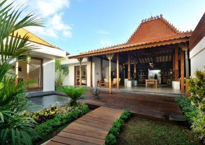 Villa Kayu Mimpi